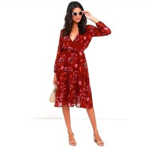 Bb Dakota NWT Red Floral Dress Size Small